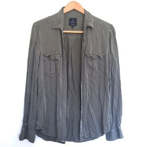 AEO amazingly soft button up shirt